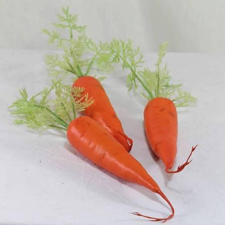 Zanahorias artificiales de plastico
