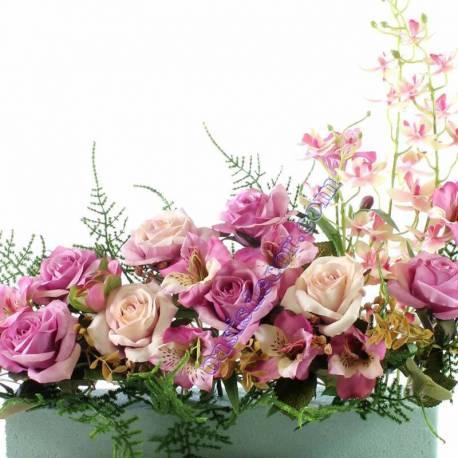 Jardinera flores artificiales cementerio con rosas y orquideas